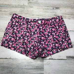 Lilly Pulitzer shorts hearts size 2 blue pink